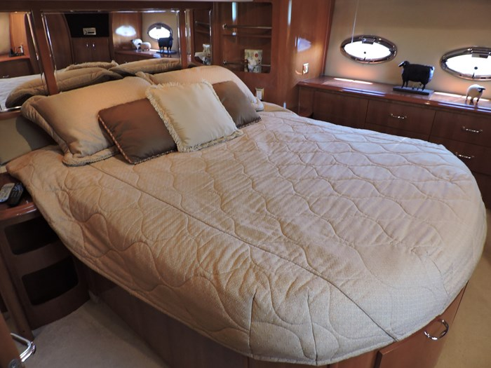 2005 Carver 46 Motor Yacht Photo 61 of 70