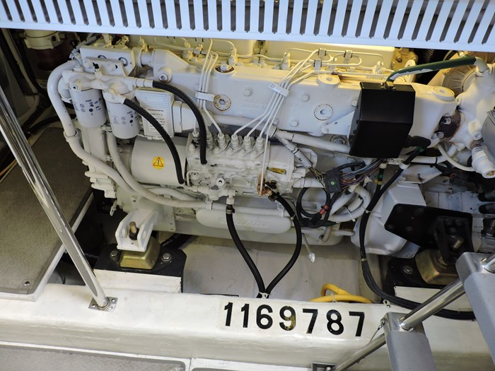 2005 Carver 46 Motor Yacht Photo 62 of 70