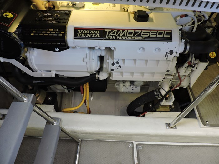 2005 Carver 46 Motor Yacht Photo 63 of 70