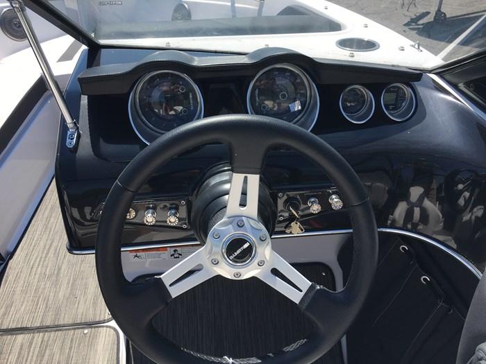 2018 Glastron GT 200 Mercury 200HP XL Verado L6 Photo 8 of 9