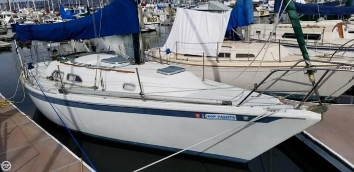 1985 Ericson Yachts 30 Plus Photo 8 of 20