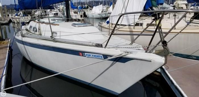 1985 Ericson Yachts 30 Plus Photo 9 of 20