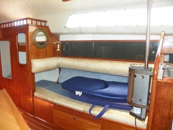 1973 Viking Yachts 33 Photo 9 sur 20