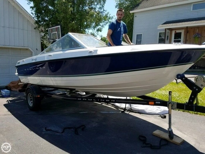 2011 Bayliner 195 Discovery Photo 2 sur 8