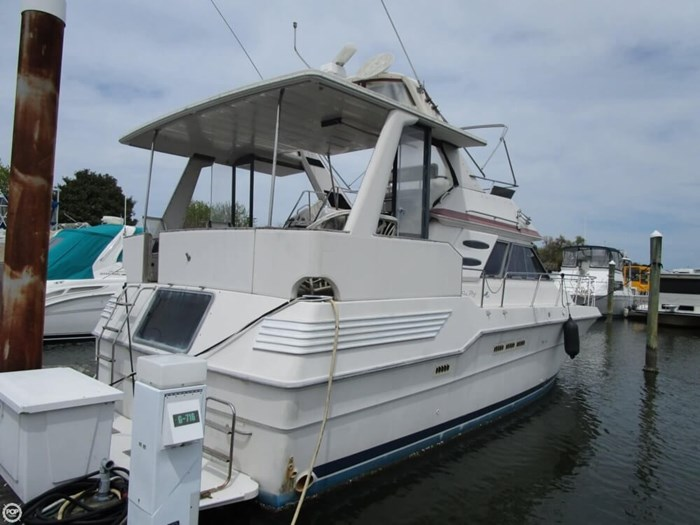 1987 Sea Ray 410 Aft Cabin Photo 6 of 20