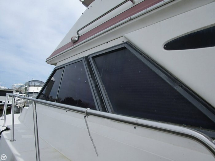 1987 Sea Ray 410 Aft Cabin Photo 11 of 20