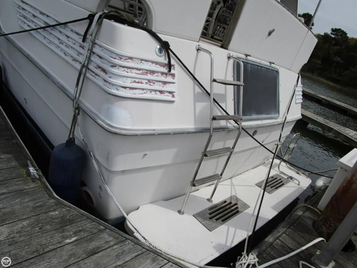1987 Sea Ray 410 Aft Cabin Photo 14 of 20