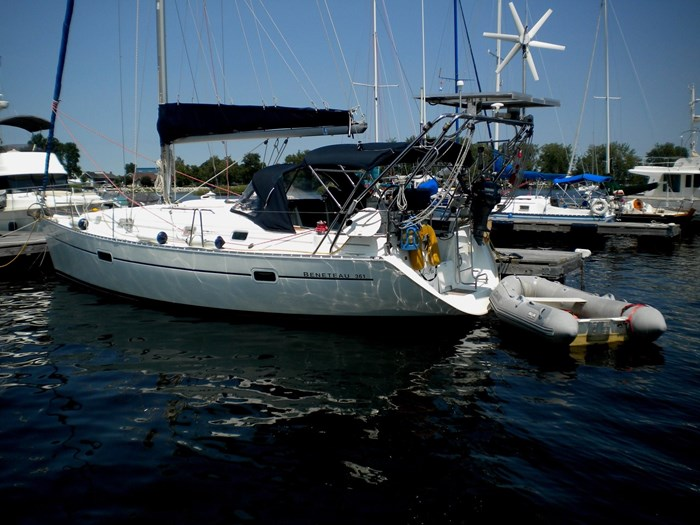 2000 Beneteau Oceanis 361 Photo 2 sur 52