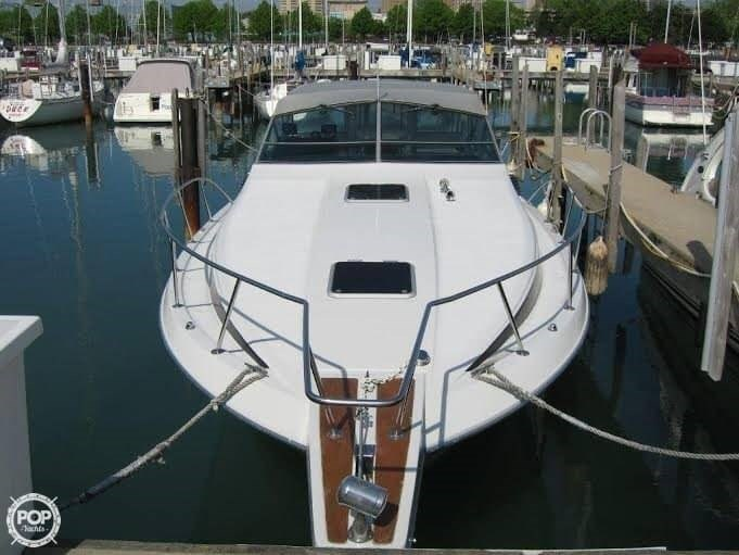 1988 Chris-Craft 336 AMEROSPORT Photo 1 of 9
