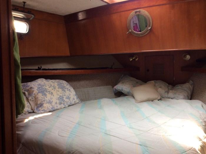 1977 CHB Puget Europa Trawler Photo 18 of 25