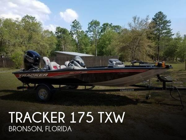 Tracker 175 TXW 2017 Used Boat for Sale in Bronson, Florida - BoatDealers ca