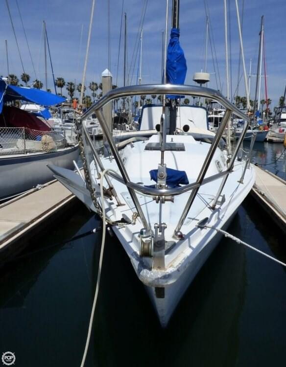 1980 Ericson Yachts 38 Photo 11 sur 20
