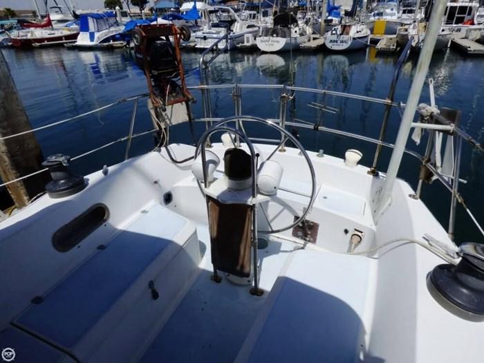 1980 Ericson Yachts 38 Photo 12 sur 20