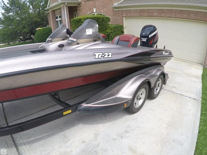 2003 Triton TR22 Photo 15 sur 20