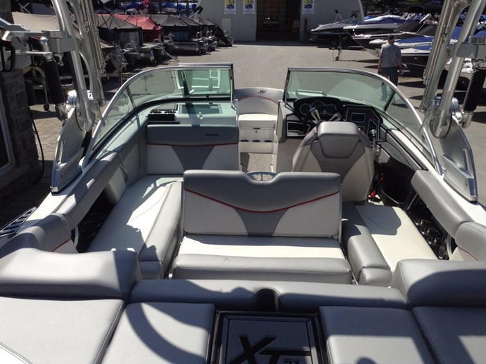2018 MasterCraft Mastercraft XT21 Photo 4 of 12