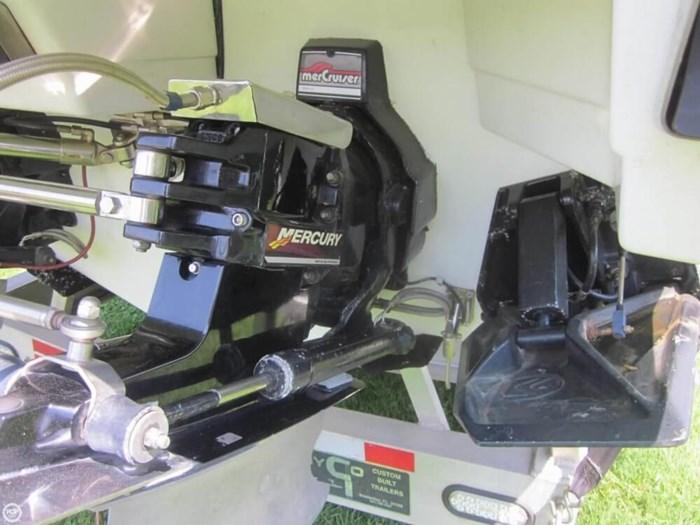 1991 Formula 311 SR1 Photo 15 sur 20