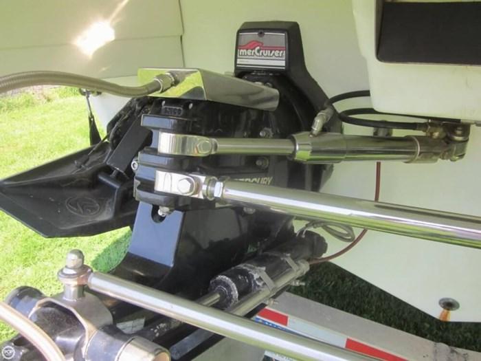 1991 Formula 311 SR1 Photo 18 sur 20