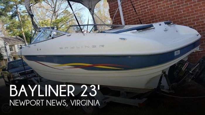 2001 Bayliner Capri 232 LX Photo 1 sur 20
