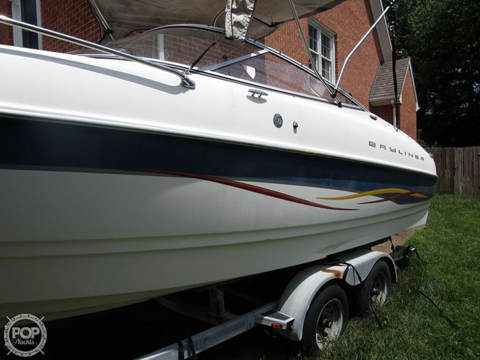 2001 Bayliner Capri 232 LX Photo 9 sur 20