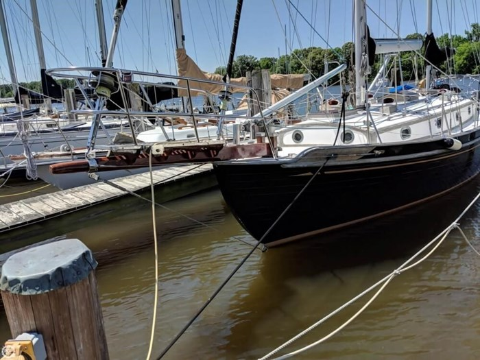 1988 Tayana 37 Ketch Photo 2 of 20