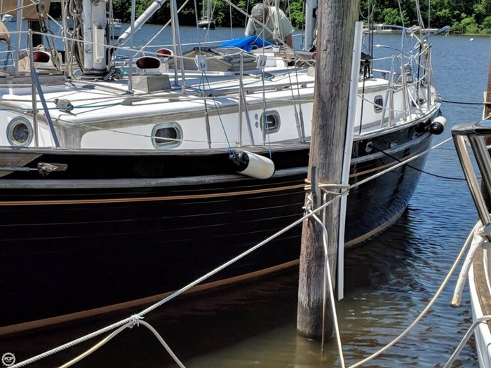 1988 Tayana 37 Ketch Photo 6 of 20