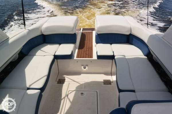 2011 Regal 2700 Bowrider Photo 14 sur 20