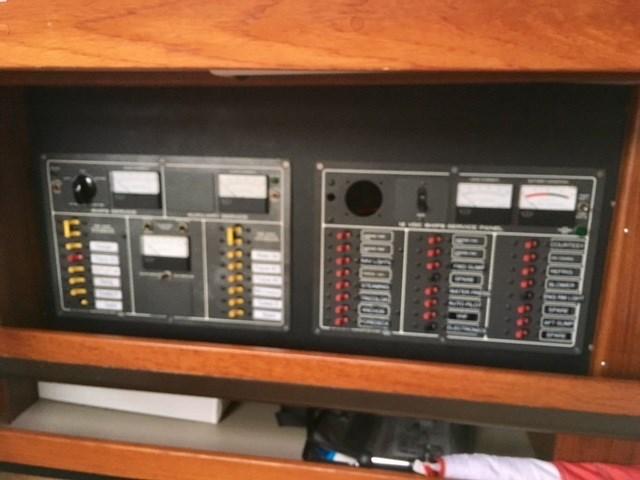 1982 C&C Landfall 48 Pilothouse Photo 18 of 20