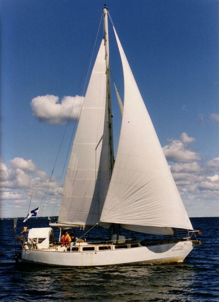 1989 Gilbert Caroff Exploration Photo 1 of 37