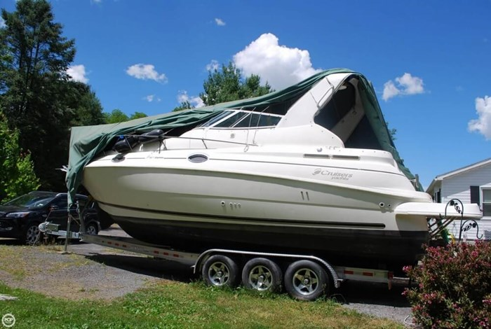 2003 Cruisers Yachts 2870 Express Photo 5 sur 20