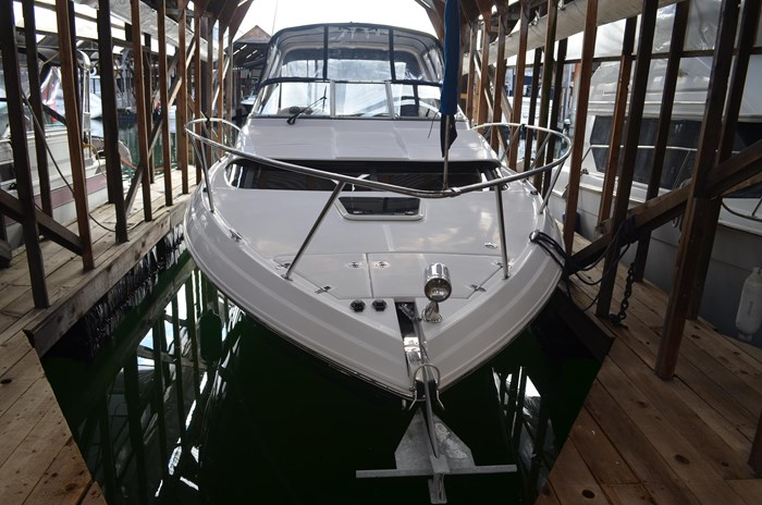 2009 Regal 3060 Express Cruiser Photo 7 sur 28