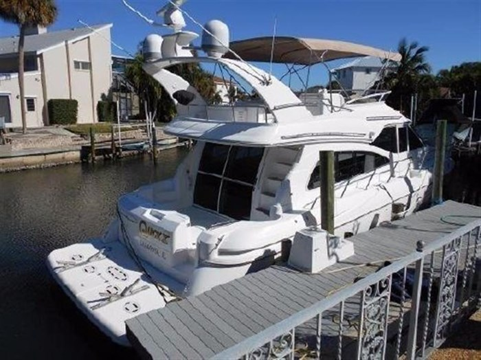 2001 Cruisers Yachts 5000 Sedan Sport Photo 5 sur 28