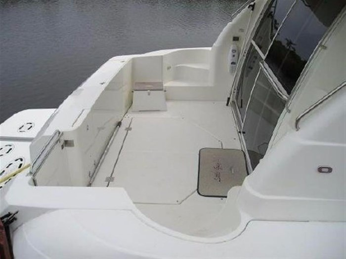 2001 Cruisers Yachts 5000 Sedan Sport Photo 6 sur 28