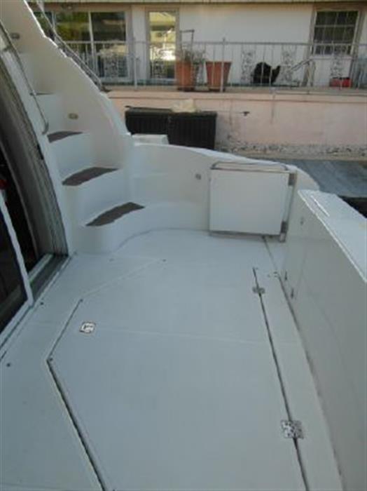2001 Cruisers Yachts 5000 Sedan Sport Photo 8 sur 28