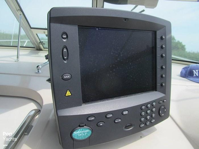 1997 Regal 402 Commodore Photo 12 of 20