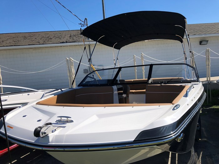 Glastron GTD 205 XL with Trailer 2018 New Boat for Sale in Fredericton, New  Brunswick - BoatDealers ca