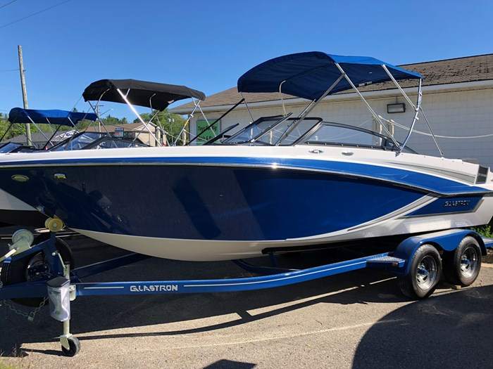 Glastron GT 225 XL with Trailer 2018 New Boat for Sale in