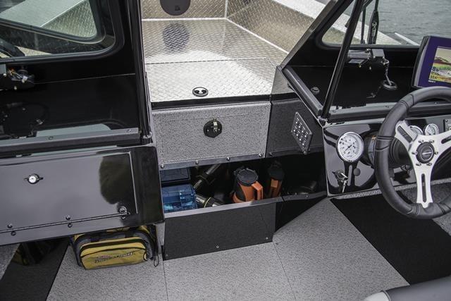 2019 Crestliner 1850 Commmander Elite Silver-Met / Black Photo 13 of 22