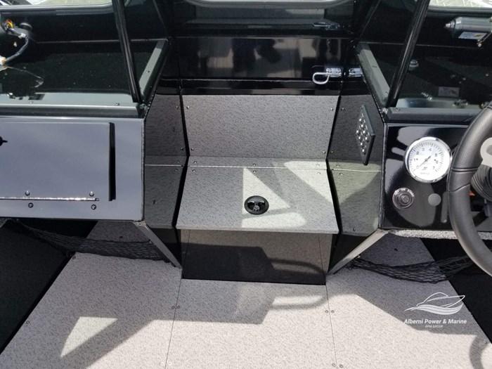 2019 Crestliner 1850 Commmander Elite Silver-Met / Black Photo 36 of 52
