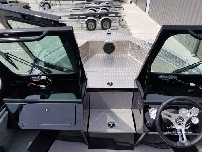 2019 Crestliner 1850 Commmander Elite Silver-Met / Black Photo 40 of 52