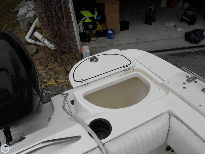 2003 Boston Whaler 290 Outrage Photo 5 of 20