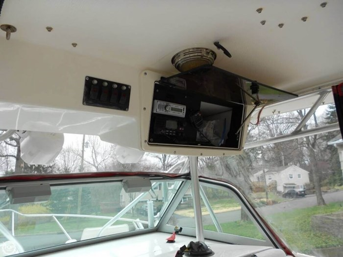 2003 Boston Whaler 290 Outrage Photo 12 of 20