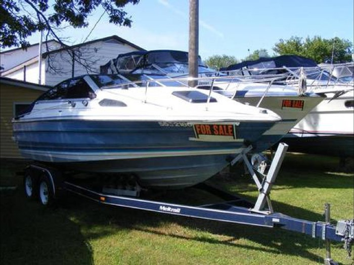 1988 Bayliner Capri Photo 1 sur 10