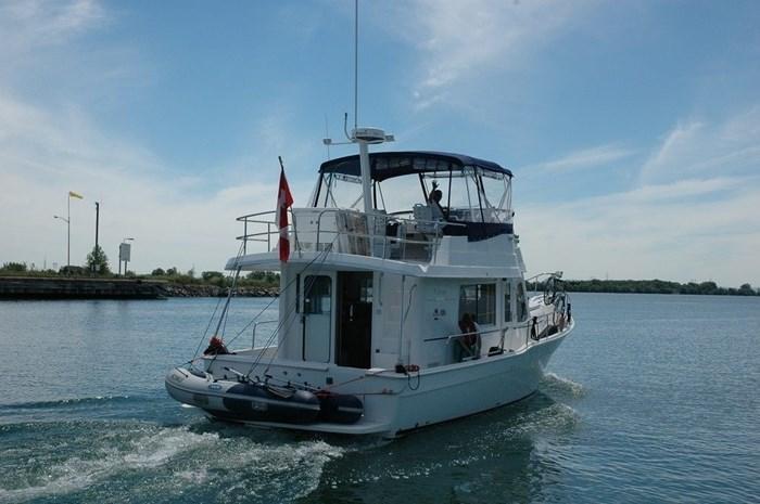 2011 Mainship Motor Yachts TRAWLER 395 Photo 2 of 41