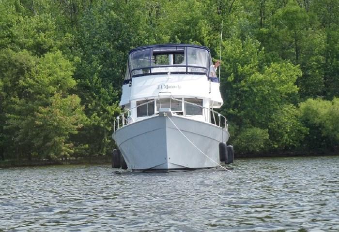 2011 Mainship Motor Yachts TRAWLER 395 Photo 4 of 41