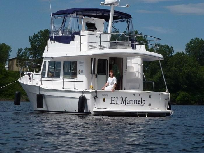 2011 Mainship Motor Yachts TRAWLER 395 Photo 7 of 41