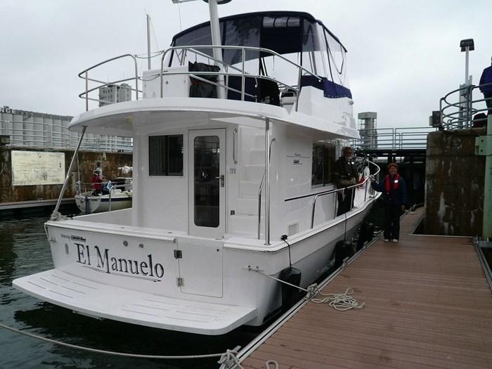 2011 Mainship TRAWLER 395 Photo 8 of 42