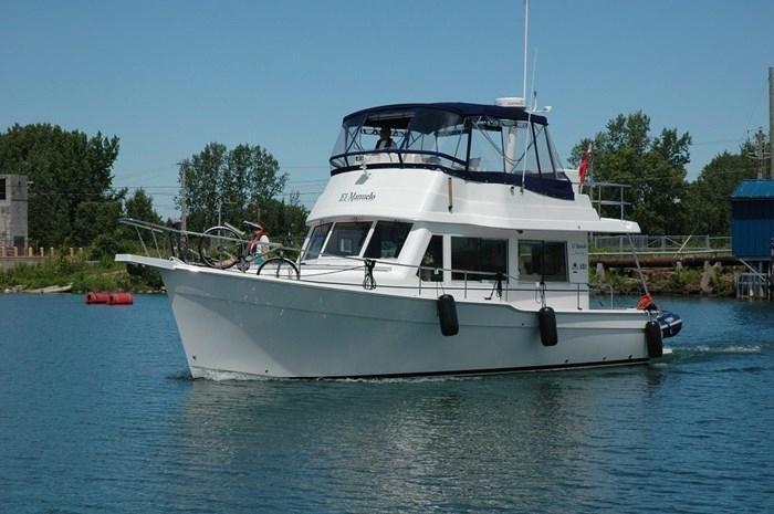 2011 Mainship Motor Yachts TRAWLER 395 Photo 9 of 41