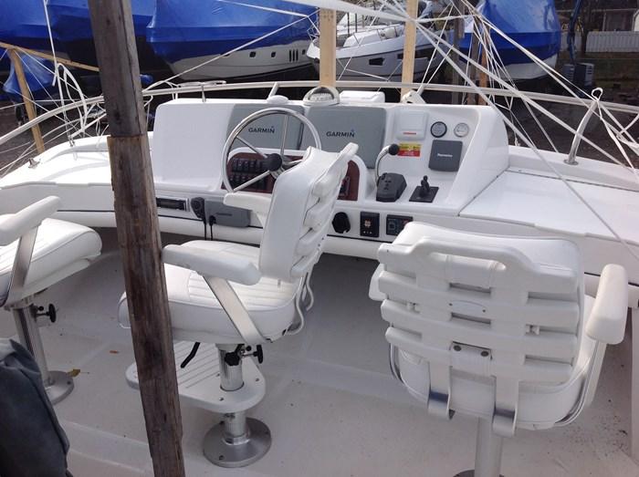 2011 Mainship Motor Yachts TRAWLER 395 Photo 36 of 41