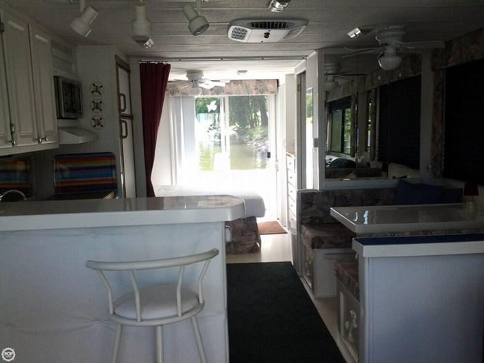 2003 Catamaran Cruisers Aqua Cruiser 41 Photo 8 of 20