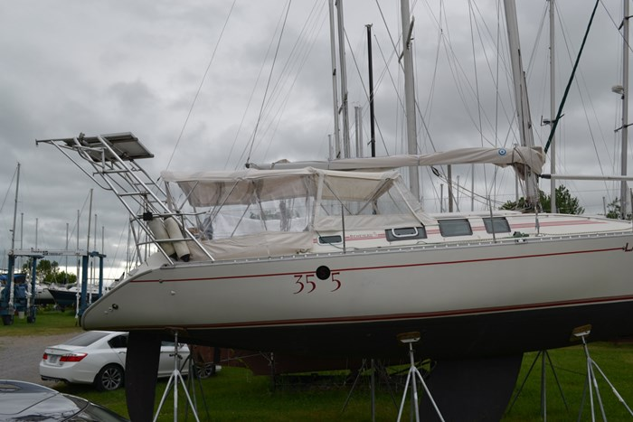 1988 Beneteau First 35s5 Photo 2 sur 43